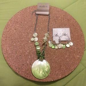 NWT... matching earrings and necklace set